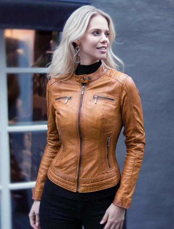 f0b0b5802d4 chaqueta de cuero de imitación para mujer motor look cognac Versano 346