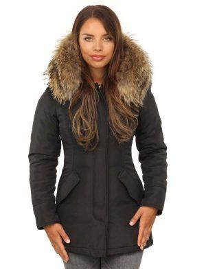 Black parka ladies winter jacket with fur collar by Versano