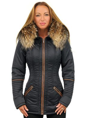 blue-ladies-winter coat-with-fur collar-half-length-model-versano-sandy-front